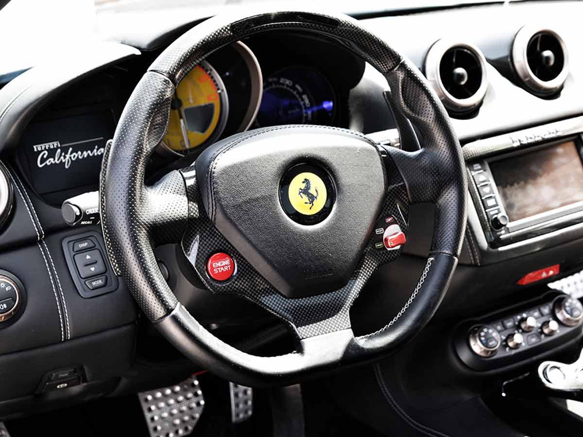 Alquiler super car Lanzarote: Ferrari California